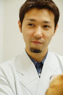 獣医師 金子 泰広